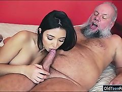 Mexican Frida Sante luvs to deep-throat and ride on an old chisel