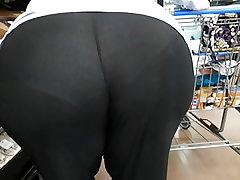 Bbw phat ass white girl gilf seethrew yoga trousers sorry couldn't edit