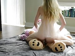 Teen blonde, hot solo and grizzly bear!